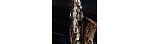 Saxofones sopranos Sib curvos